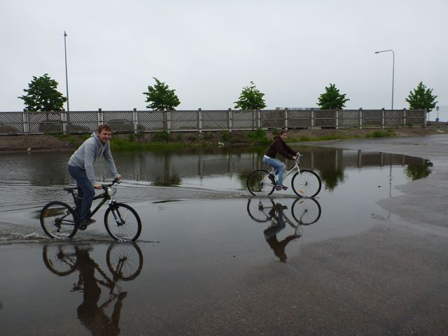 PUDDLE BIKING