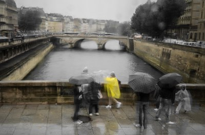 RAINY TOURISTS
