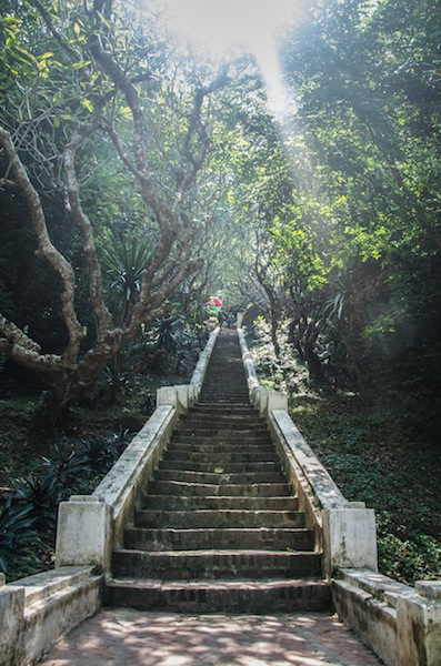 UP TO MOUNT PHOU SI