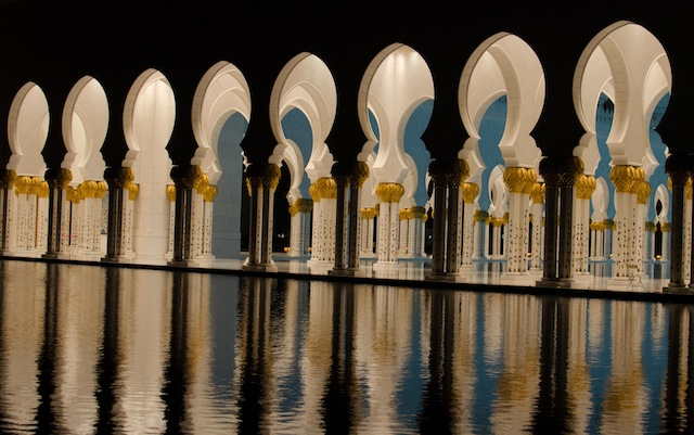 NIGHTTIME GRAND MOSQUE 3