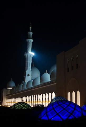 NIGHTTIME GRAND MOSQUE 1