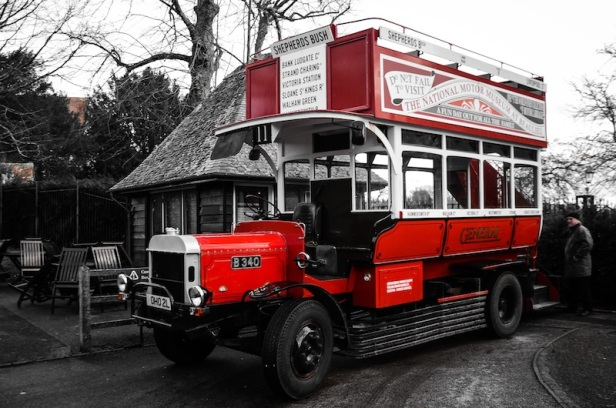 1912 LONDON BUS REPLICA