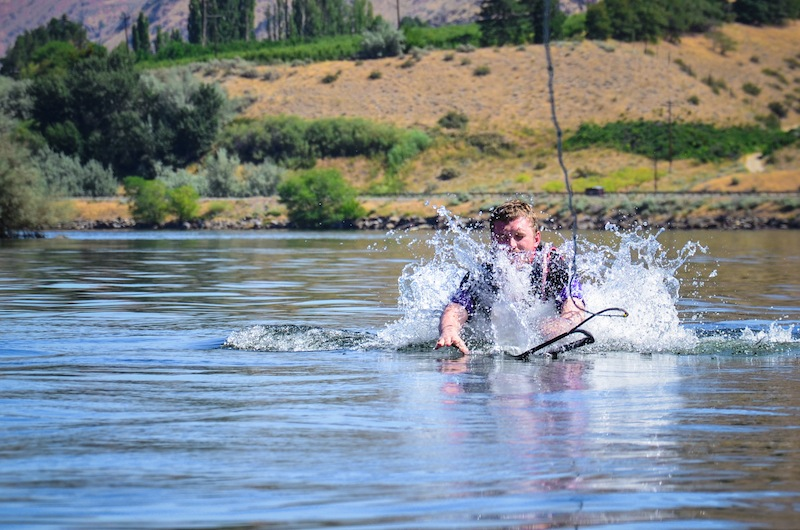 WAKEBOARDING SPILL