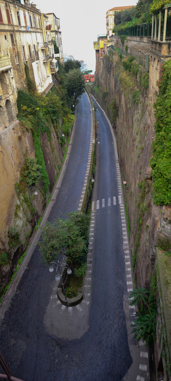 SORRENTO ROAD UP