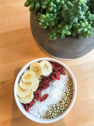 Bliss Cafe Breakfast Smoothie Bowl